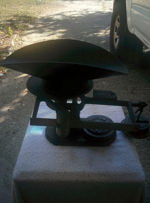 ANTIQUE SCALE GM DAVIS REG CO for Sale in Virginia Beach, VA