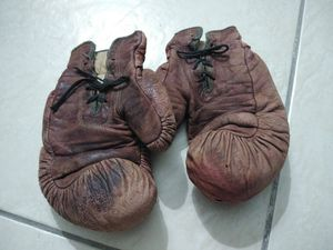 Antique Boxing Gloves for Sale in Miami, FL