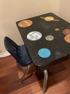 Kid school desk and chair, hand painted for Sale in Whittier, CA