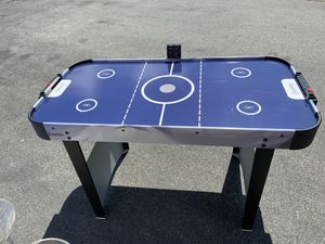Franklin air hockey table for Sale in Upland, CA