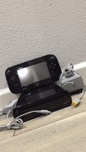 Nintendo Wii U Super Mario 3D World Deluxe Set 32GB Black Console. Comes with SSB and AC Adapter for Sale in Tracy, CA