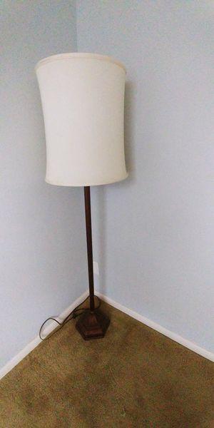 Floor Lamp for Sale in Delray Beach, FL