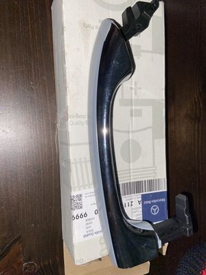 Mercedes Benz grip rail for Sale in Sugar Land, TX