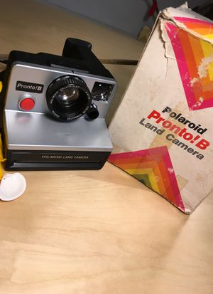 Vintage early 80s Polaroid still in the original box for Sale in Tigard, OR