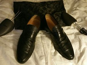 Authentic men's Gucci shoes size USA 10 and 1/2 mint condition for Sale in West Cape May, NJ