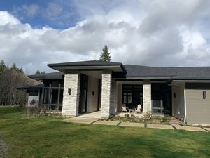 Boral Cultured Stone 12.5 boxes for Sale in Oregon City, OR
