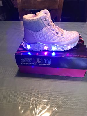 SKECHERS LITTLE GIRLS BOOTS SIZE 13 for Sale in Indianapolis, IN