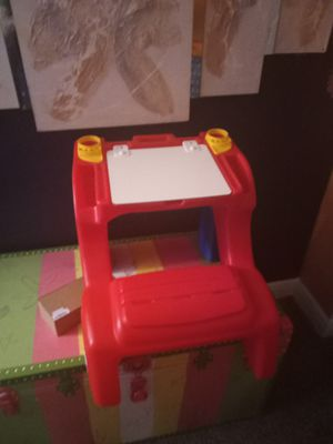 Kids art desk for Sale in St. Petersburg, FL