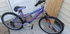 LADY ROAD MASTER MOUNTAIN BIKE for Sale in Minneapolis, MN
