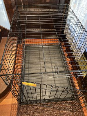 Extra dog large kennel crate 42.75 inches long for Sale in Tacoma, WA