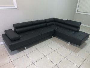 Brand new sectional couch FREE DELIVERY for Sale in Davie, FL