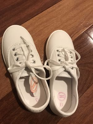 White canvas shoes for girls for Sale in Redmond, WA