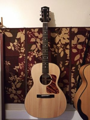 Eastman e100ss-ltd slope shoulder guitar for Sale in Whittier, CA