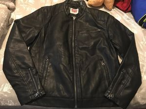 Levis Mens Leather Jacket for Sale in Bronx, NY
