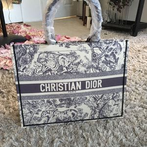 Tote Fashion Bag for Sale in Los Angeles, CA