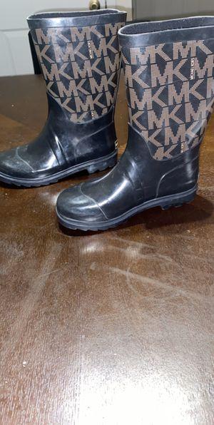 Authentic little girls size (13) Michael Kors rain boots for Sale in Arlington, TX