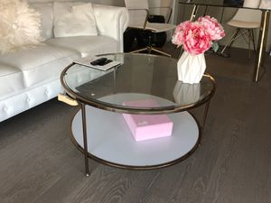 Kamiya coffee table for Sale in New York, NY