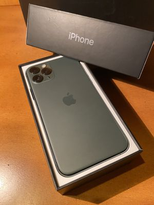iPhone 11 Pro Max 256GB Factory Unlocked for Sale in Coral Springs, FL