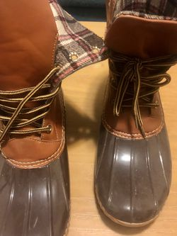 Soho Brown And Plaid Rain Boots, Women's Size 11 for Sale in Los Angeles,  CA