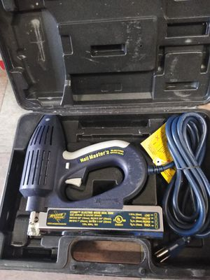 Nail Master 2 electric brad gun et200 for Sale in Philadelphia, PA