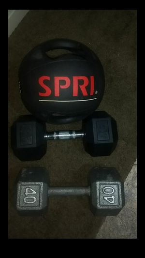 Dumbells and ball weights all for $50 for Sale in Tacoma, WA