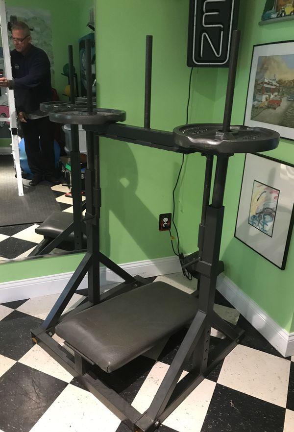 Gym Equipment inverted leg press