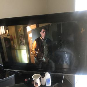 60 inch Samsung tv for Sale in Charlotte, NC