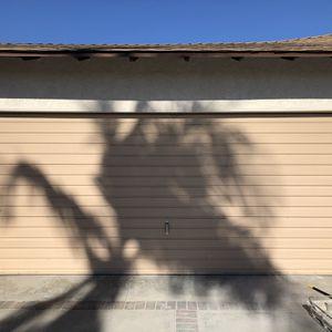 Light Weight Garage Door. for Sale in Buena Park, CA