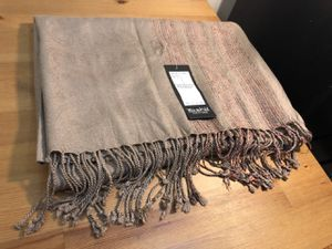 Yashi shawl for Sale in NJ, US
