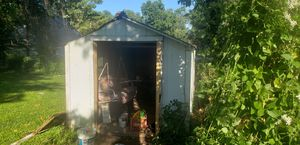 Wooden shed with loft 8×13 with Windows and shingles on roof for Sale in Saint Charles, MO