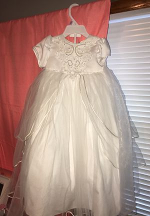 INFANT BAPTISM/ CHRISTENING DRESS SIZE 9-12M for Sale in River Grove, IL