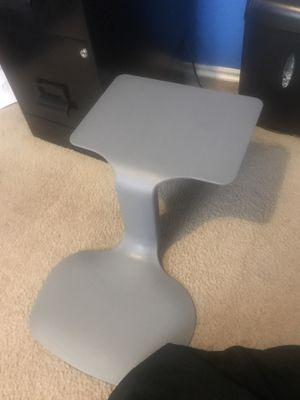 ECR4 kids portable lap desk for Sale in Burleson, TX