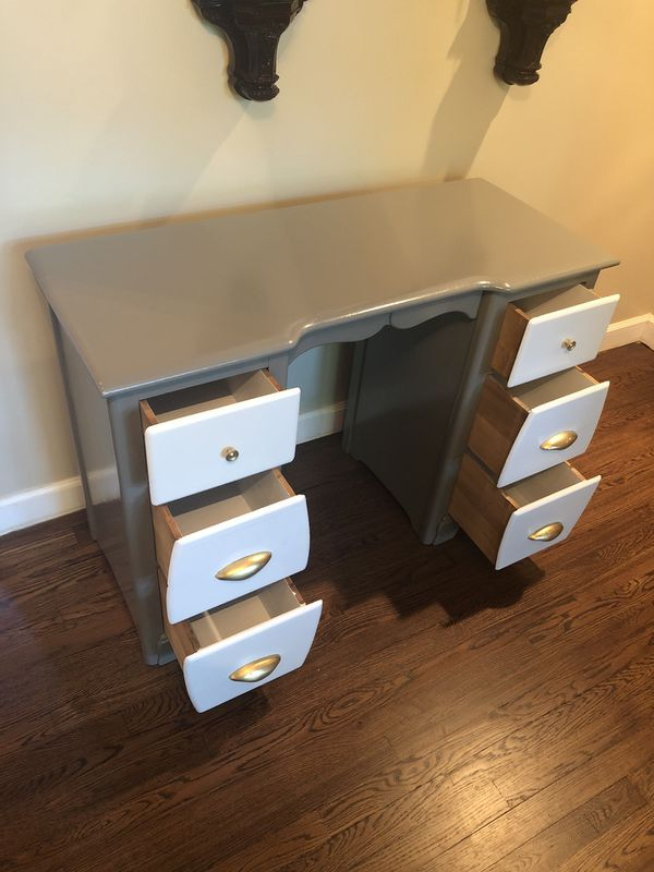 Desk and matching Bench