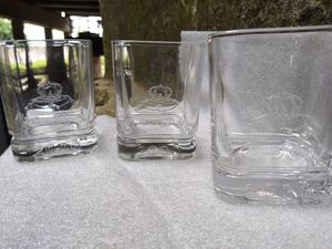 "Vintage Crown Royal bar glasses set ""year 2000"" for Sale in Houston, TX"
