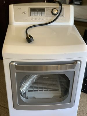 LG TRUE BALANCE WASHER/DRYER for Sale in San Diego, CA