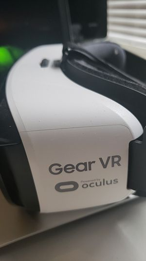 Gear VR for Samsung phones for Sale in Port St. Lucie, FL