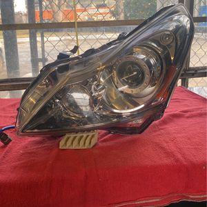 2010 To 2012 Infinity G37 Headlight Housing Driver Side for Sale in Washington, DC