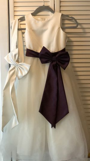David's Bridal Flower-girl Dress size 7 for Sale in Lake Worth, FL