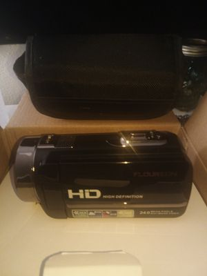 Floureon digital video camera recorder brand new in the box comes with everything for Sale in Monrovia, CA