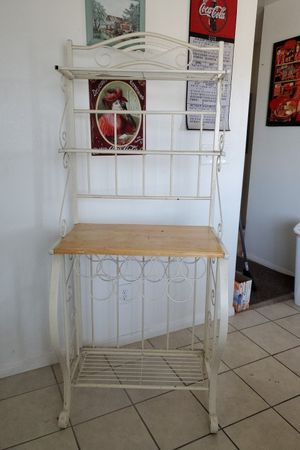 Bakers Rack for Sale in Hemet, CA