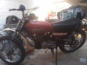Project motorcycle/ dirt bike ( suzuki) for Sale in Long Beach, CA