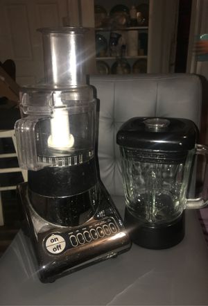Blender and vegetable cutter all in one for Sale in Providence, RI