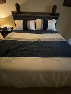 King Bedroom Set for Sale in Dublin, CA
