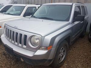 2011 Jeep patriot $4900 for Sale in Del Valle, TX