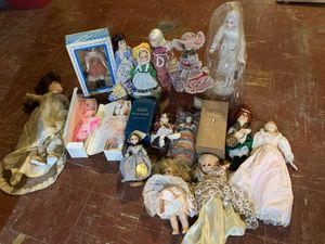 Old dolls,beanie baby's and cabbage patch kids for Sale in Chicago, IL