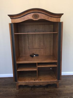 Heckman entertainment center/ armoire for Sale in Vienna, VA