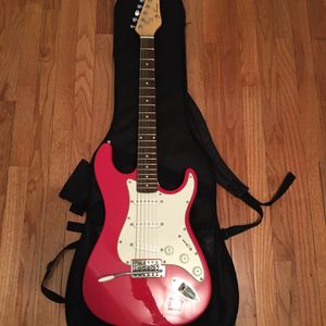 Jay Turser Electric Guitar With Case for Sale in Wilton, CT