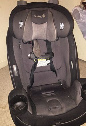 Adjustable height car seat for Sale in Las Vegas, NV