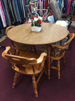 Table & 3 Chairs for Sale in Big Rapids, MI