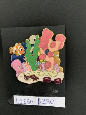 Disney pin finding Nemo for Sale in Lady Lake, FL